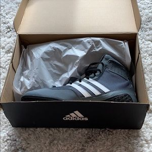 Brand new men's Adidas boxing shoes